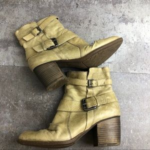 Naya Virtue Buckled Boot in Yellow Size 7M